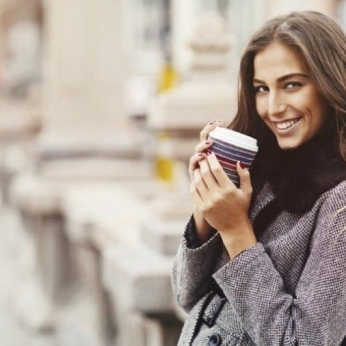 Gestes eco-responsables ÉVITER LES MARQUES VENDANT DU CAFÉ EN GOBELET