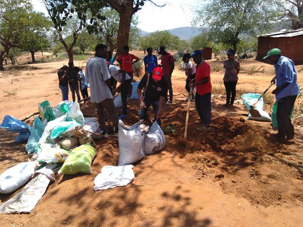 Planter des arbres au Kenya