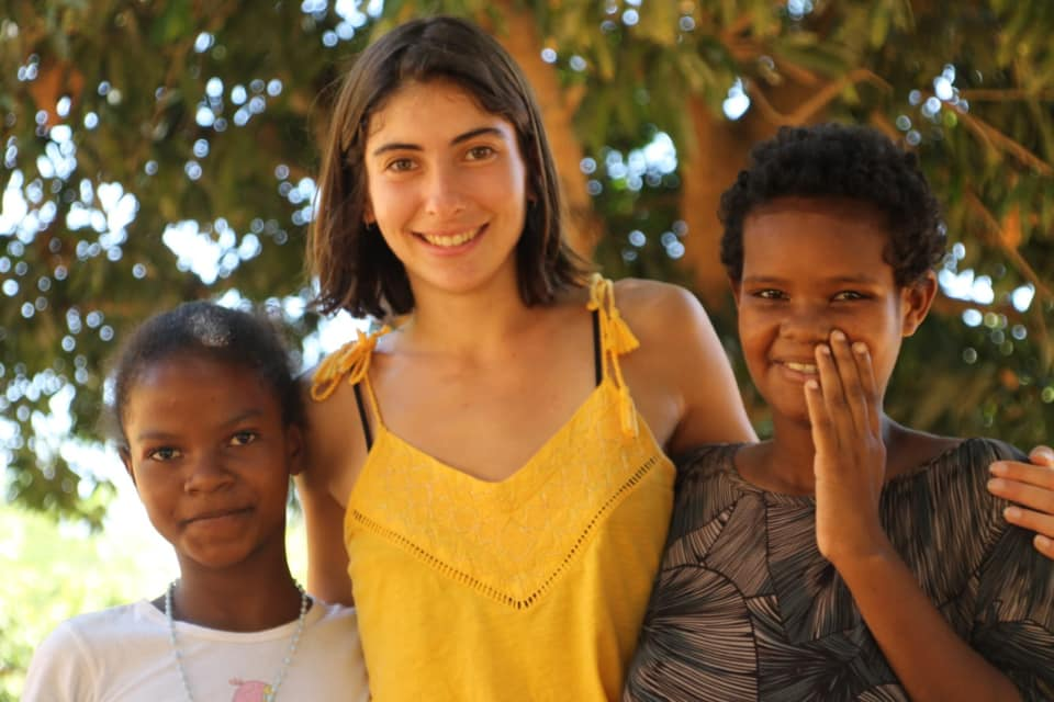 Projet humanitaire à Madagascar en aide aux enfants et aux personnes retraitées